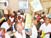 A happy day for the children of primary school ''Benedicte la fontaine''