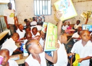 A happy day for the children of primary school ''Benedicte la fontaine''